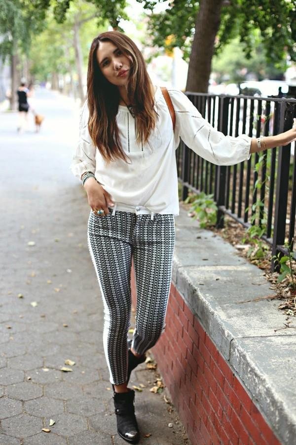color me nana blogger jeans top