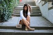 satisfashion,blogger,blouse,shorts,bag,shoes