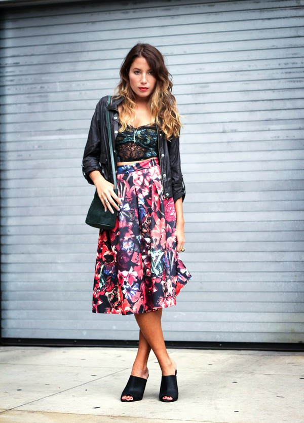 the marcy stop blogger jewels bag floral midi skirt