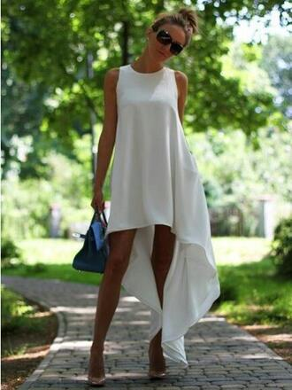 dress white white beautiful dress white dress sleeveless sleeveless dress all white party summer dress flowy fashion white fashion park event fashion outdoor dress white flowy dress leggings shoes party dress short long maxi women bikini casual high heels summer party prom dress maxi dress jewelry swimwear loosy tshirt trendy sandals satchel beach dress sunglasses bag ear cuff earrings top tassel black and white