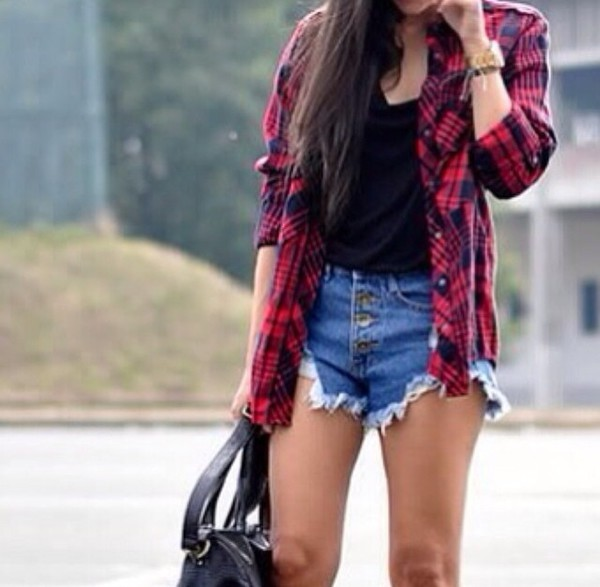 t-shirt plaid shirt red shorts