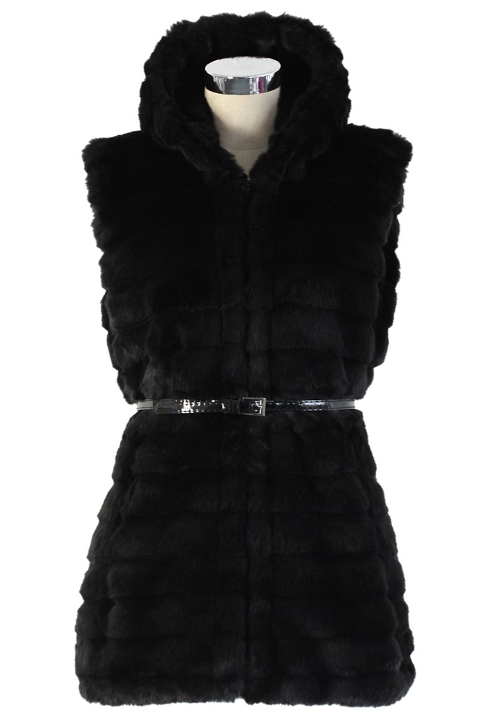 Black faux fur hooded quilt vest