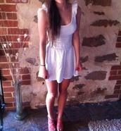 dress,white,ruffle