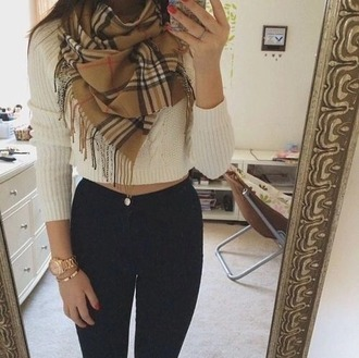 top scarf jeans