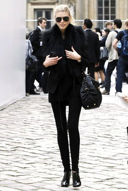 Woman Black Winter Outfits All Black Outfit