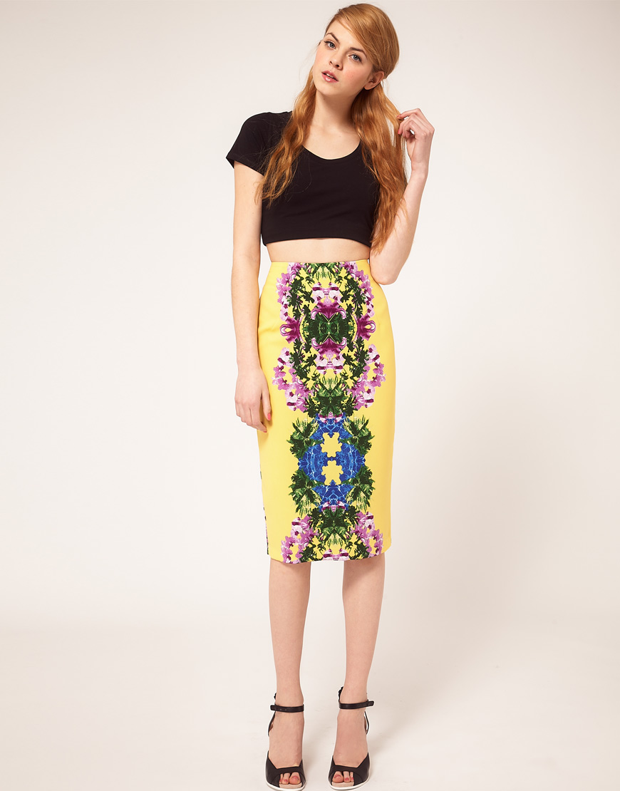 Pencil Skirt in Mirror Floral Print