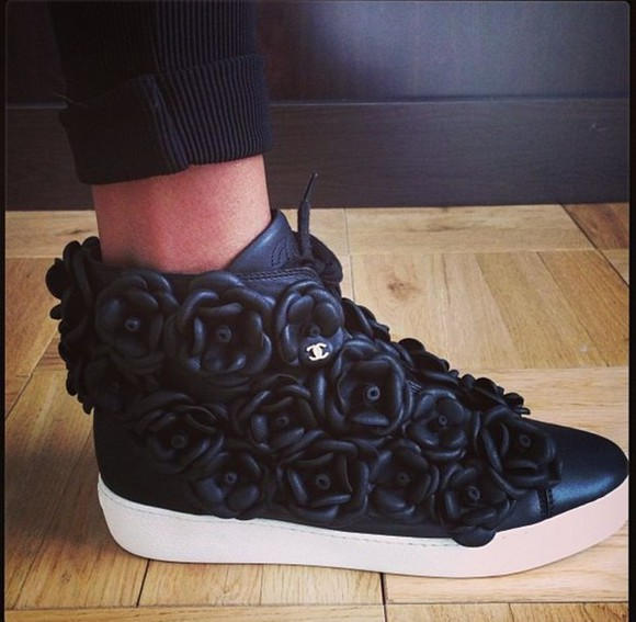 sneakers shoes black black sneakers chanel chanel sneakers chanel black chanel black shoes chanel floral sneakers black floral