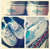 shoes,vans of the wall,blue,light,white,washed,dipdie,tiedie,dyed,vans,printed vans