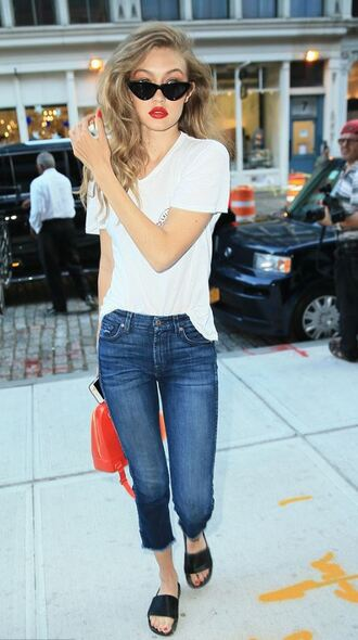 jeans top slide shoes summer outfits purse sunglasses gigi hadid model off-duty streetstyle shoes bag