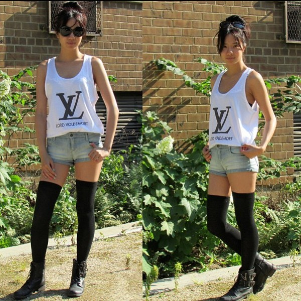 shoes skreened knee high socks cut off shorts tank top shorts harry potter lord voldemort