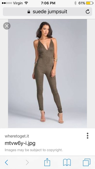 jumpsuit green green jumpsuit olive green v neck plunge v neck plunge neckline party outfits sexy sexy outfit summer outfits spring outfits fall outfits winter outfits classy elegant date outfit cute girly clubwear wedding clothes wedding guest dope