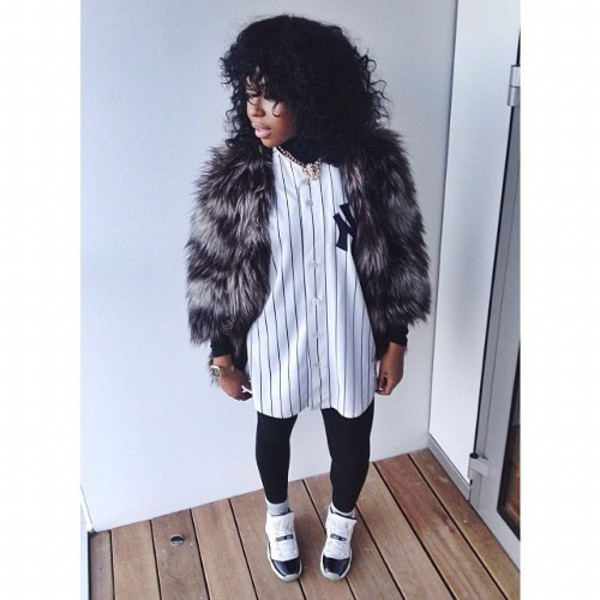 Jacket urban outfitters yankees yankees baseball tee for T shirt dress outfit tumblr