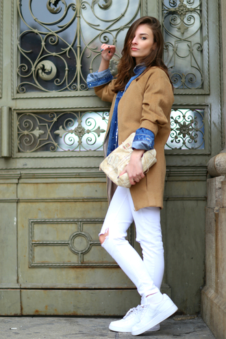 venka vision blogger coat white jeans sneakers denim shirt