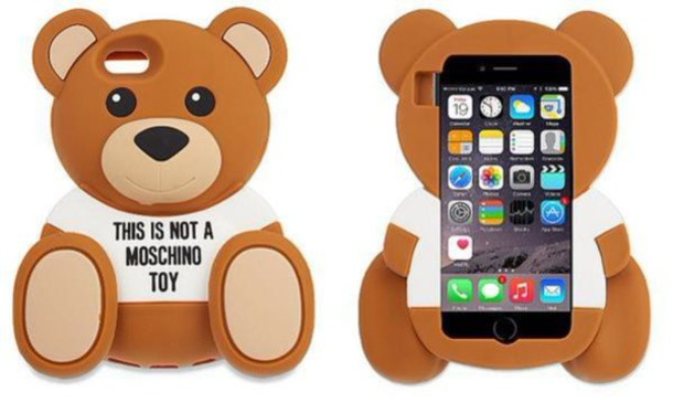 iphone se cover moschino