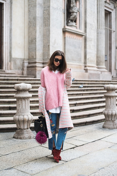 sweater tumblr pink sweater knit knitwear knitted sweater denim jeans blue jeans boots red boots ankle boots coat printed coat sweater weather sunglasses
