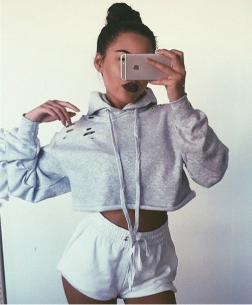 Sweater grey grey sweater crop tops crop cropped cropped sweater tumblr hoodie cropped ...