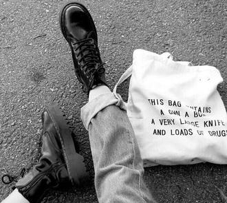 bag white bag dugs