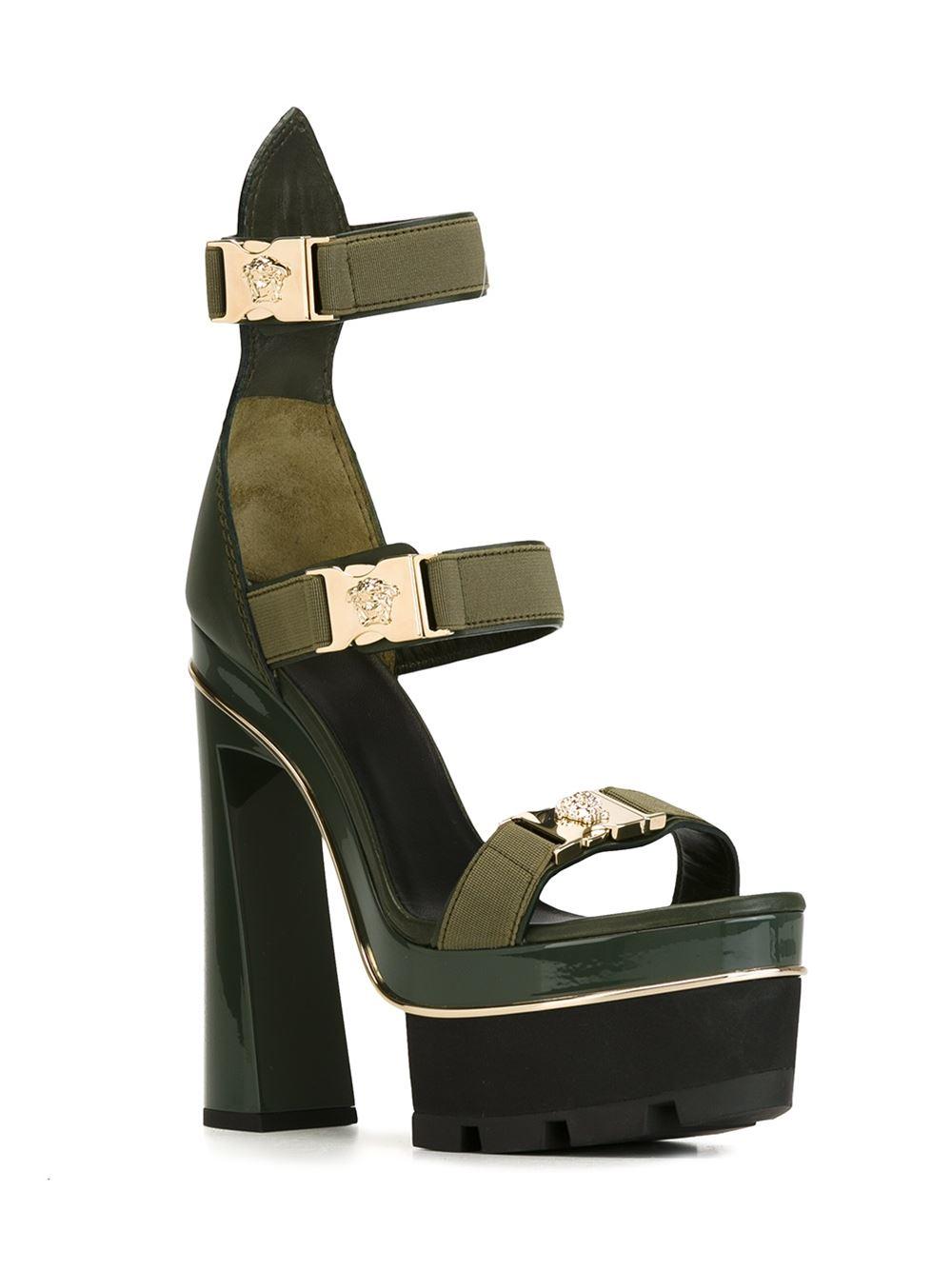 a1dadb1b1e99 Versace Medusa Tri-strap Platform Sandals - Stefania Mode - Farfetch ...