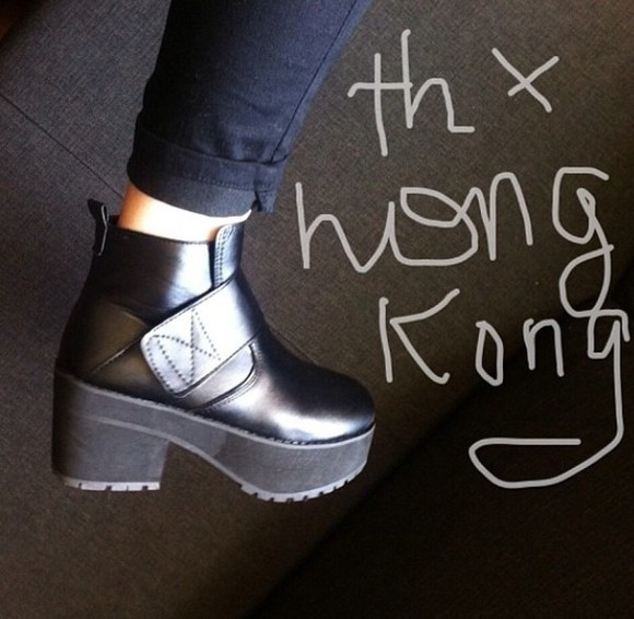 shoes black platform shoes boots grunge soft grunge black shoes pale acid tumblr plateau platform china hong kong