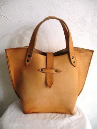 bag tan leather tote