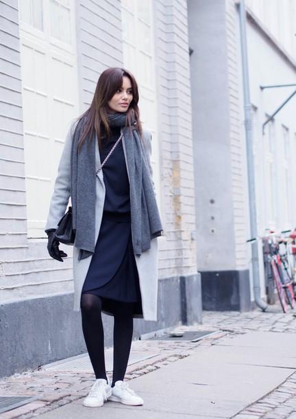 by funda blogger coat scarf skirt shoes bag