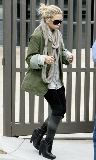 olsen sisters blogger leggings army green jacket black boots knitted scarf jacket shoes sunglasses scarf coat ashley olsen olive green