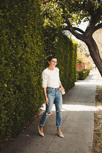 sweater glasses tumblr white sweater denim ripped jeans pumps slingbacks bag nude bag jeans shoes