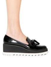 shoes,pixie market,pixie market girl,tassel loafers,platform shoes,platform loafers,black slip ons