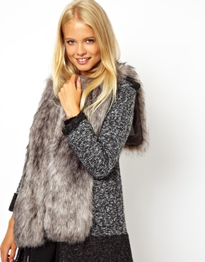 faux fur collar | ASOS