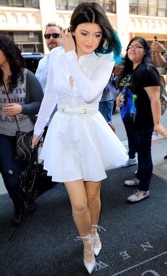 dress kylie fashion shoes kardashians kylie jenner white beautiful short long sleeves kylie jenner dress