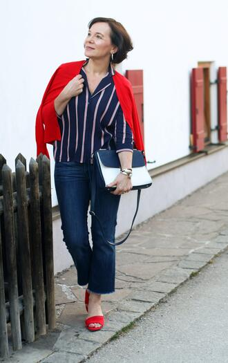 ladyofstyle blogger shoes blouse top red heels striped shirt spring outfits