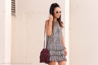 with or without shoes blogger summer dress ruffle bucket bag