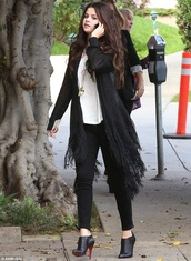 cardigan,top,jeans,boots,shoes,selena gomez,t-shirt,pants,bag