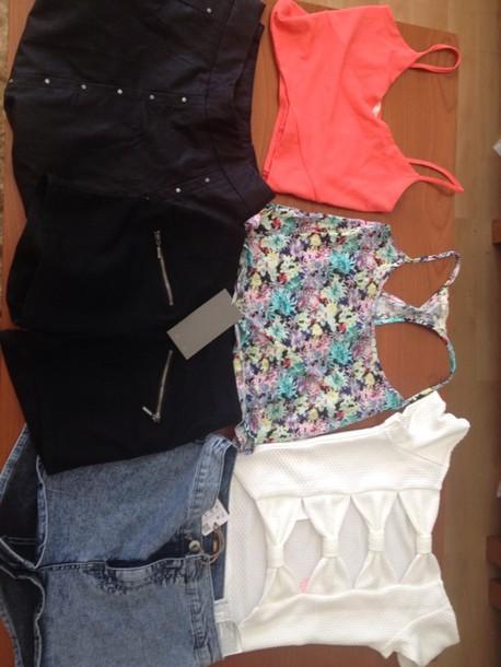 skirt black shirt shorts