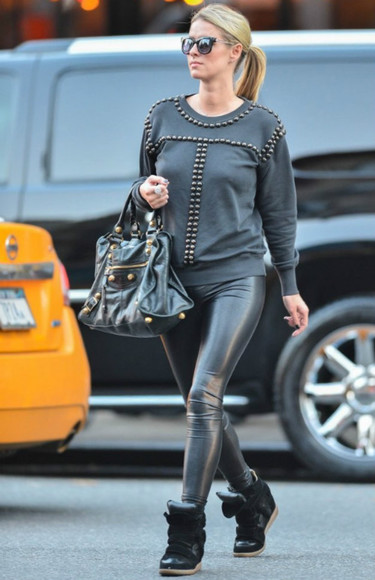 sneakers sunglasses sweater fall outfits nicky hilton