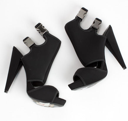 report signature black neoprene buckle shoes