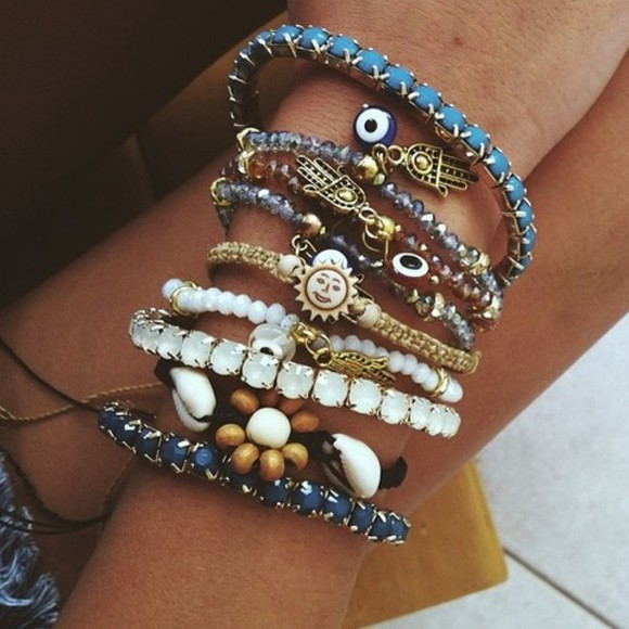 jewels sun bracelets blue pink flower bracelet hamsahand hamsa white sunny summer jewel accessories tumblr girl silver jewelry sun, shiny, gold beach hipster ankle bracelet beads