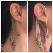 jewels,scandalo al sole,ear cuff,earring wrap,boho,bohemian,boho jewelry,jewelry,jewellery boho,indian earrings,cuff earring,earrings cuff,tribal earring cuff,wrap earring cuff,wrap around earring,cuffs earring,long earrings,antique earrings,earrings vintage,vintage earrings,vintage,vintage tribal earrings,vintage wrap earrings,tribal pattern,hippie,indian