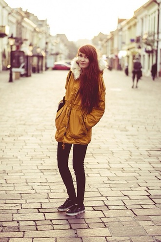 jacket coat yellow yellow trench coat trench coat mustard fur winter jacket black black jeans black shoes parka