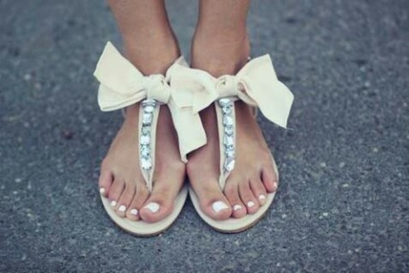 shoes bow cute flat sandals cute sandals bows sandals bowsandals rhinestone rhinestones sparkle glitter girly sharpens, white shoes