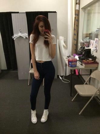 tank top black pants white crop tops white converse black jeans shoes casual