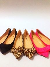 shoes,dorsay pumps,ballet flats,leopard print,pink,black