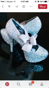 shoes,sparkly heels,sparkly shoes,bows,high heels,stilettos,wedding shoes,blue wedding accessory,glittery silver,bow heels