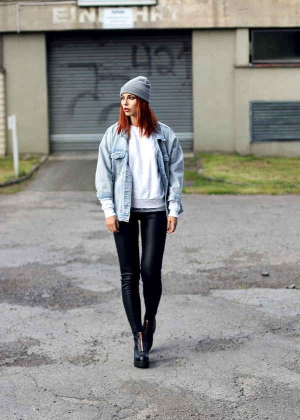 masha sedgwick blogger jeans jacket shoes beanie fall outfits denim jacket leather pants grey beanie boots sweater pants