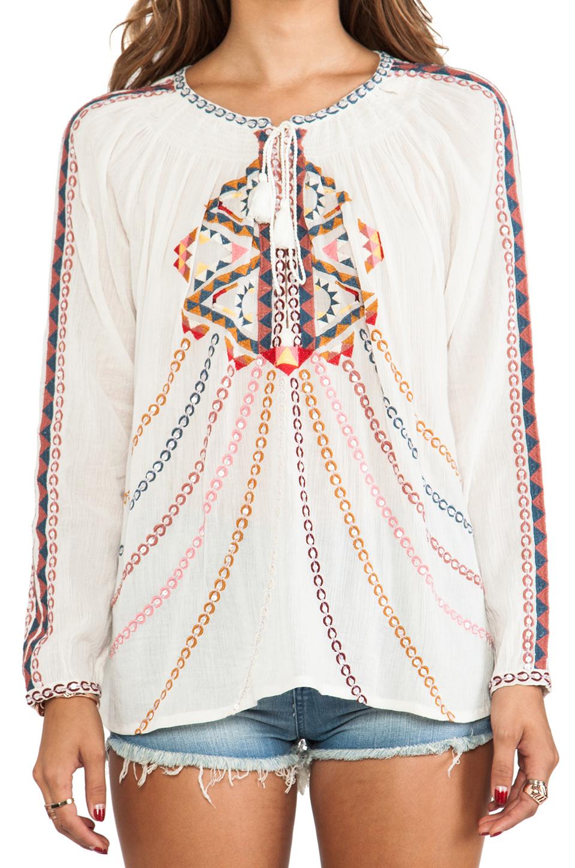 Antik Batik блузка brian в цвете Белый | REVOLVE