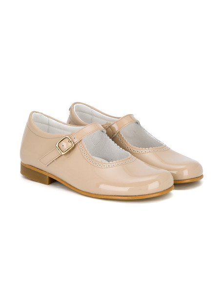 Andanines Shoes scalloped leather nude shoes