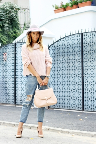 let's talk about fashion ! blogger sweater jewels bag jeans shoes turtleneck sweater baby pink