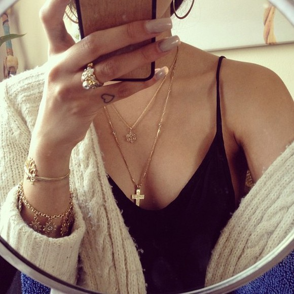 shirt black top necklace jewels gold bracelets oversized cardigan sweater black blouse cami slik lowcut