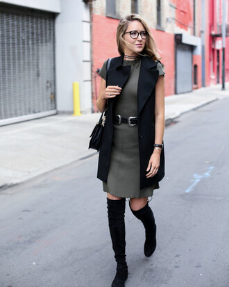 jacket grey dress black vest black over the knee boots blogger silver buckle belt