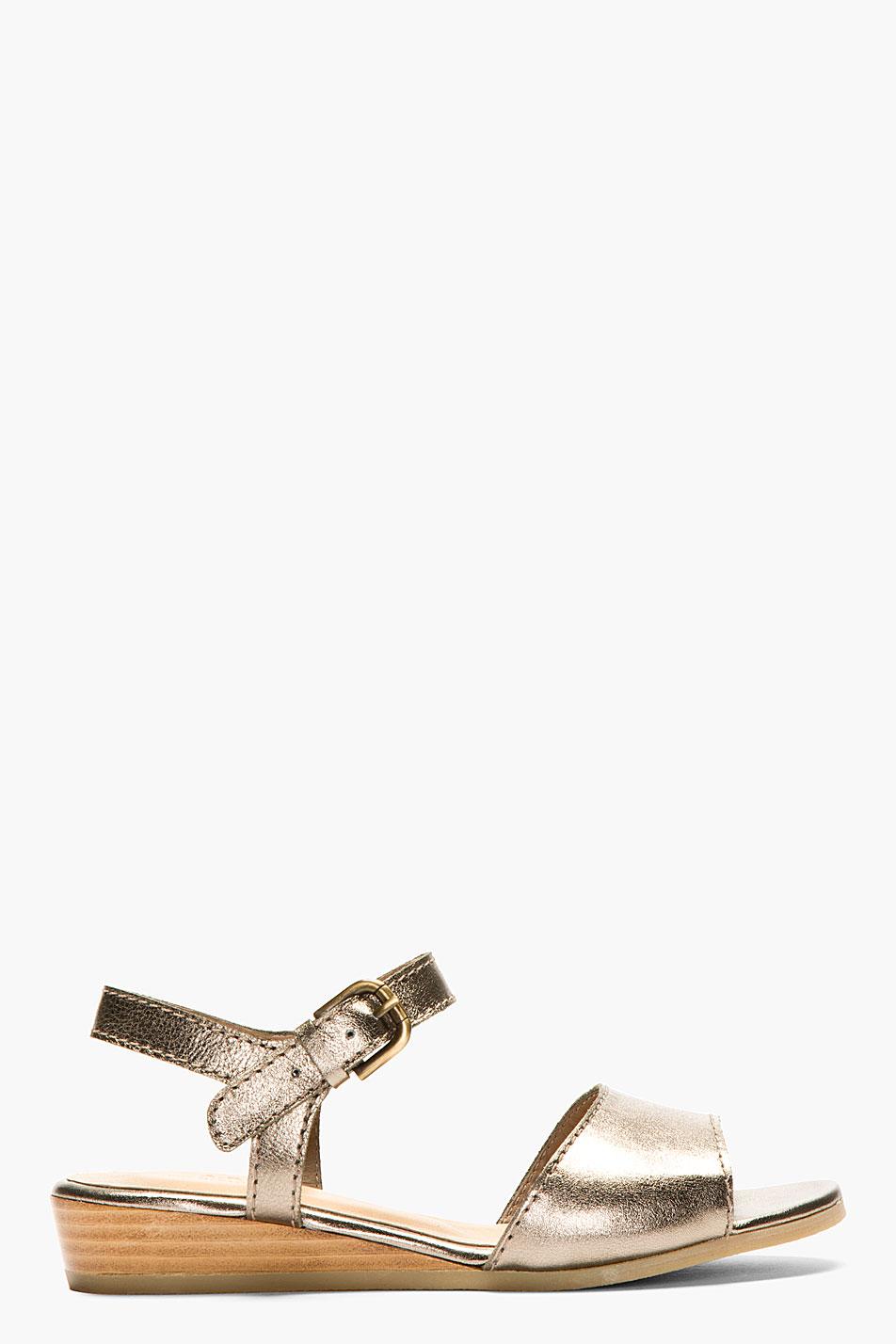 A.p.c. bronze leather roma flat sandals